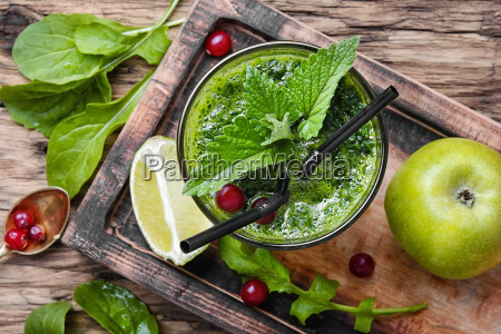 freshly spinach smoothie