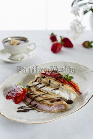 pancakes with fresh cheese berry quark