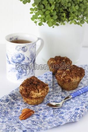 gesunde glutenfreie muffins mit pecan streusel
