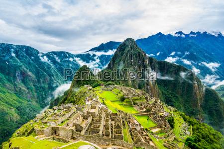 ancient incas town of machu picchu