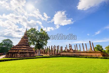 tempel gemaeuer thailand ruinen orientierungspunkt betagt