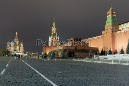 red square st basils cathedral lenins