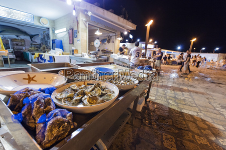 fish market at the harbour of