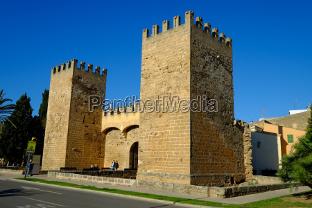 gate of the city walls alcudia