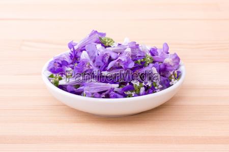bowl of edible flowers