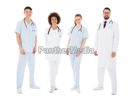 portraet von happy multiracial medical team