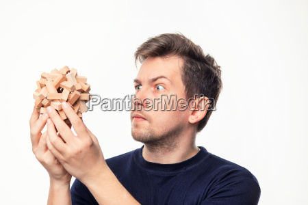 turm zeigen maenner mann hand objekt