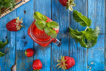 erdbeer smoothie in ja