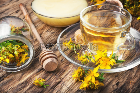 herbal hypericum tea