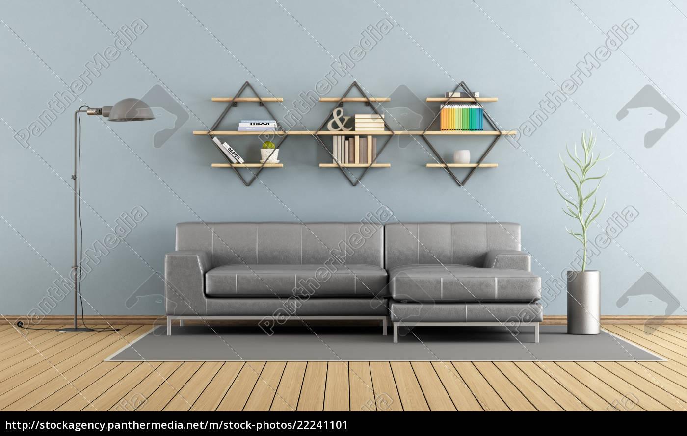 Modernes Wohnzimmer Mit Sofa Und Regalen Lizenzfreies Bild