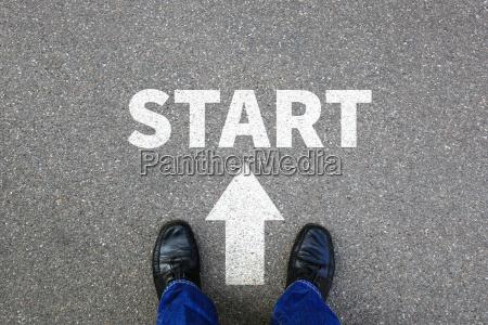 start starten anfang anfangen businessman business