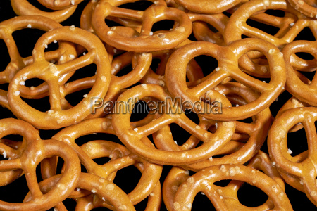 small lye pretzels closeup