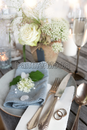 wedding place setting in vintage style