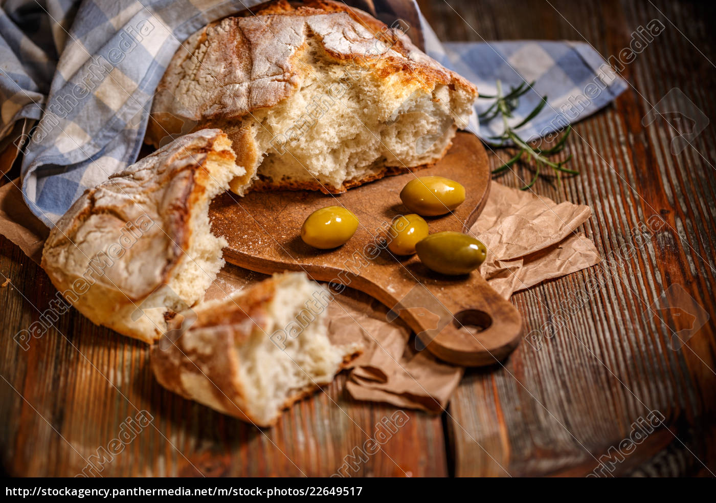 traditionelles, weißbrot - 22649517