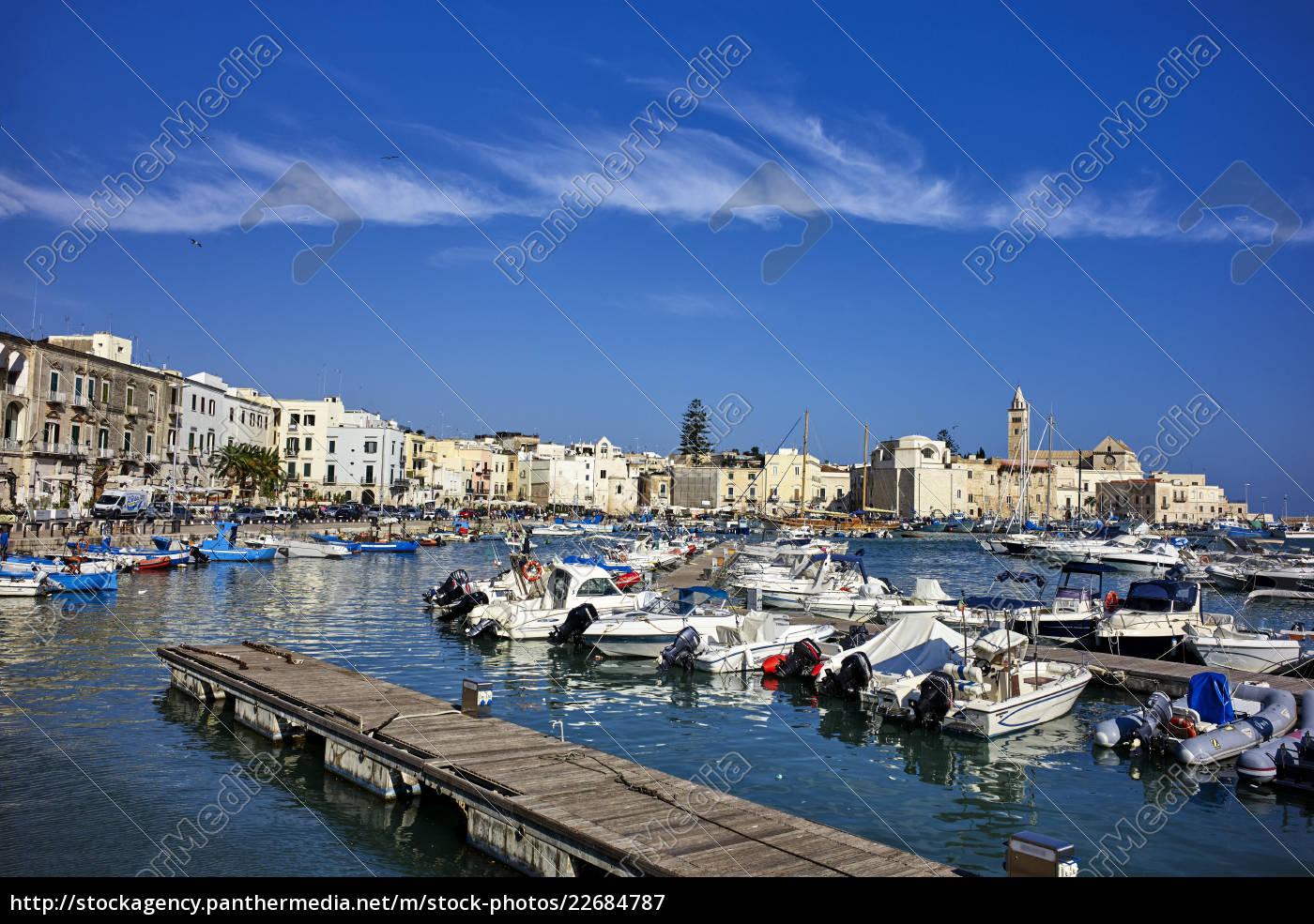 der, seehafen, von, trani., apulien, italien, mittelmeer, europa - 22684787