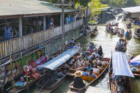 damnoen saduak floating markets bangkok thailand