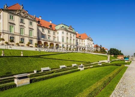 eastern baroque facade royal castle warsaw