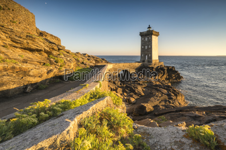 kermorvan lighthouse le conquet finistere brittany