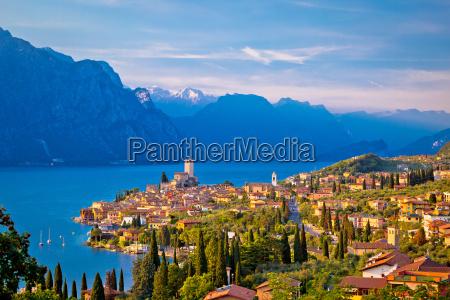 town of malcesine on lago di