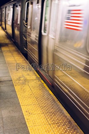 usa new york city subway station