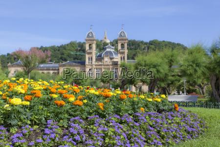 flowers in san sebastian spain