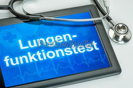 tablet mit dem text lungenfunktionstest auf