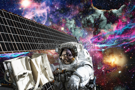 bahnhof station space weltall universum kosmos
