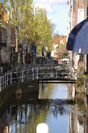 foto aus delft in holland