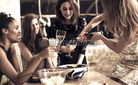 essen nahrungsmittel lebensmittel nahrung trinken trinkend