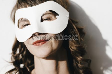 womanwearingamask2cportrait