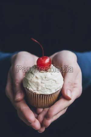 essen nahrungsmittel lebensmittel nahrung hand haende