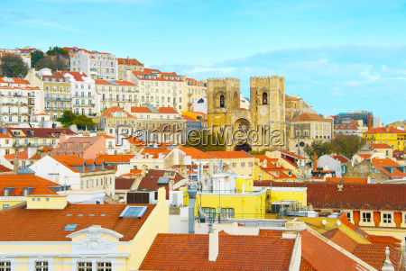 lisbon cathedral and alfama district