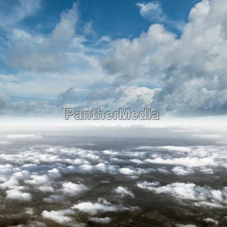 wolken im himmelatmosphaerepanorama