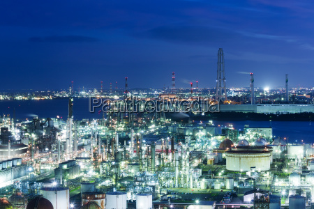 industrial plants in yokkaichi of japan