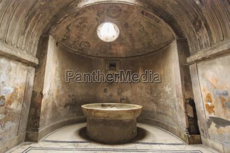 forum baederroemische ruinen von pompejiunesco weltkulturerbein