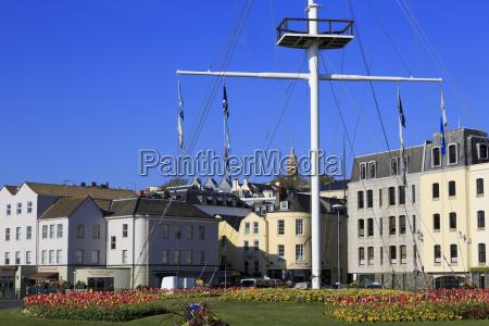 memorial mast north esplanade st peter