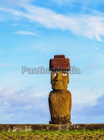 moai in ahu ko te riku