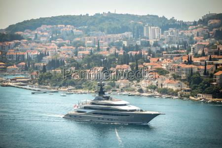kismet yacht in dubrovnik