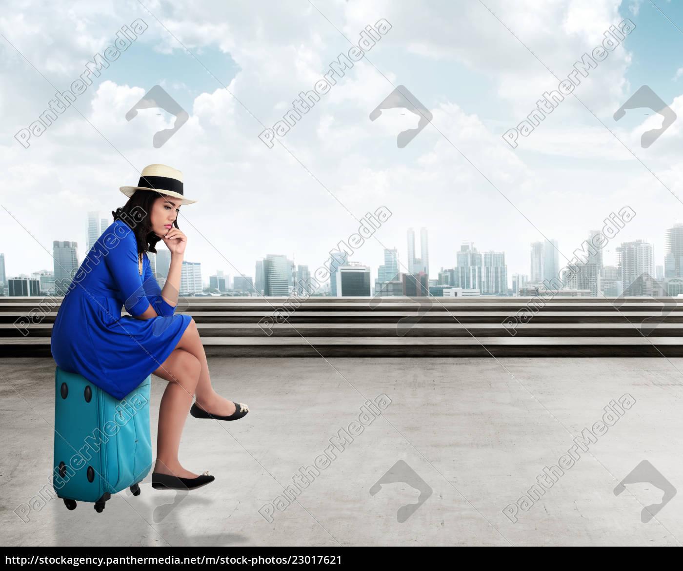 asiatischer, reisender, der, jungen, frau, mit - 23017621