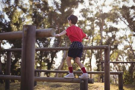 gesundheit freizeit sport lebensstil park holz