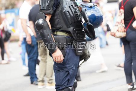 polizist anti terrorismus