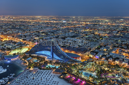 fahrt reisen stadt metropole modern moderne