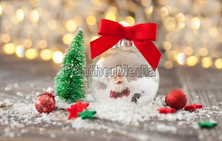 froehliche dekoration zu weihnachten