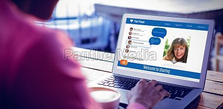 frau cafe profil blau laptop notebook