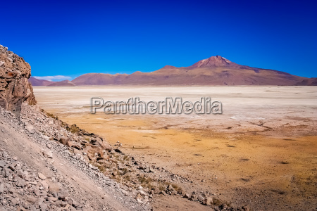 dry land plain in the altiplano