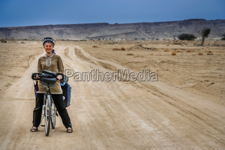 cycle touring in iran