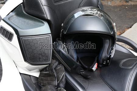 schutzkleidung beim motorradfahren sicherheit ist beim