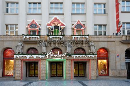 hamleys spielzeugladen im advent weihnachtszeit auf
