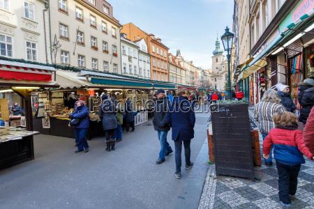 souvenirladen am beruehmten havelmarkt in der