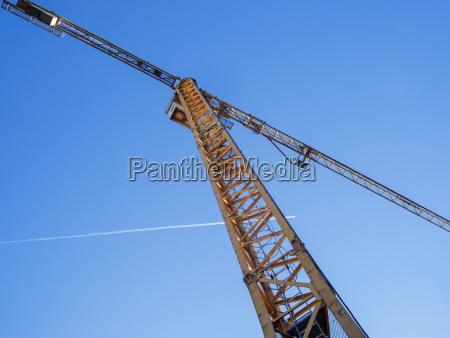 tower crane bottom view
